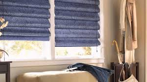 Выбираем римские шторы в гостиную